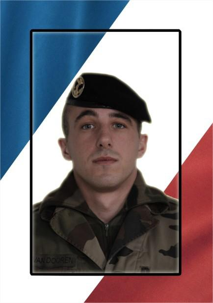 Caporal Alexandre van Dooren, 1er RIMa, tué au Mali ! dans In Mémoriam 487776_504008189664723_1480109003_n